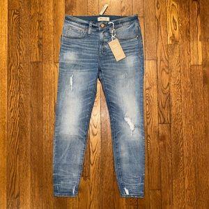 NWT Madewell distressed skinny jeans